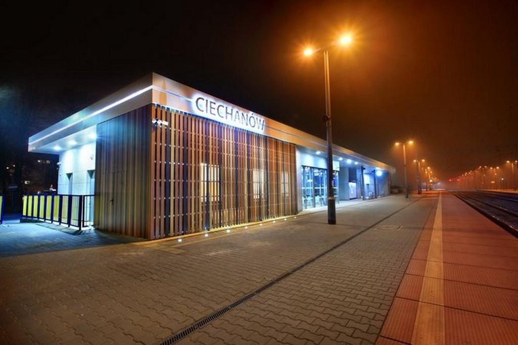 Innowacyjny Dworzec Systemowy: Dworzec PKP Ciechanów