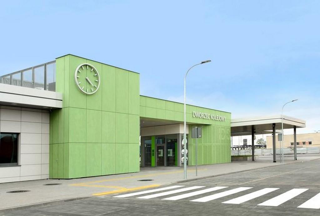 Innowacyjny Dworzec Systemowy: Dworzec PKP Nasielsk